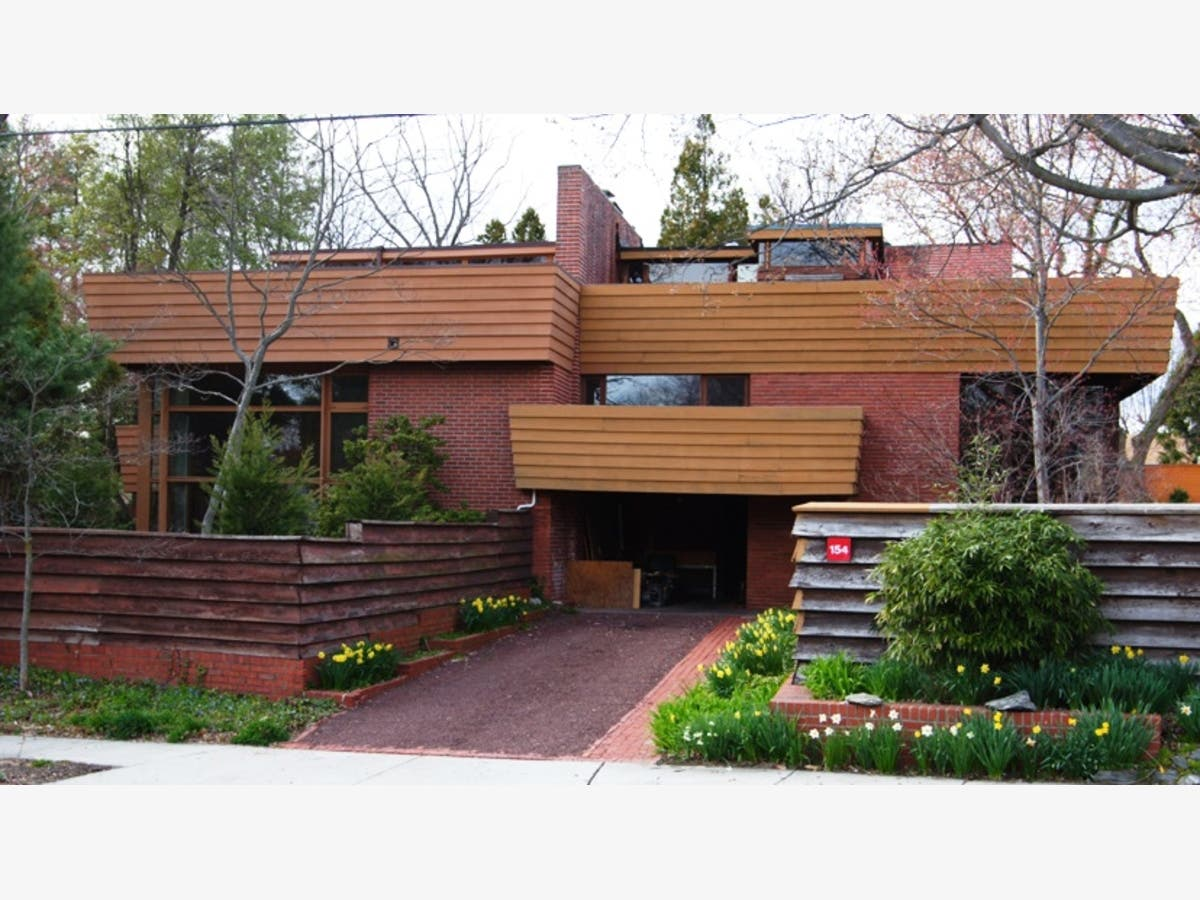 Learn About Frank Lloyd Wright's 'Ardmore Experiment' Next