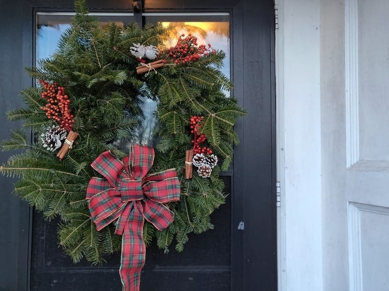 Make Wreaths And Terrariums In At Valley Green Inn - Roxborough, PA Patch