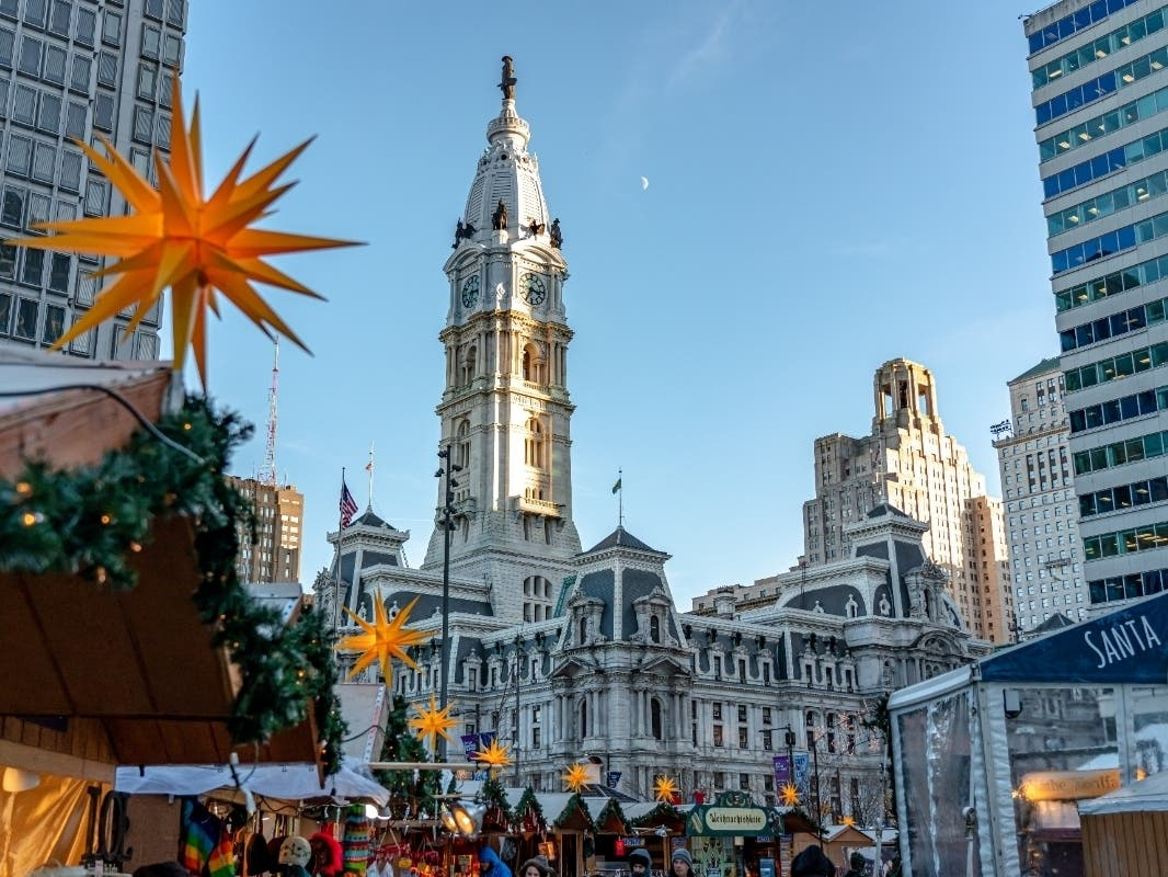 Christmas Day In Philadelphia 2020 Philly's Christmas Village Opens On Thanksgiving Day