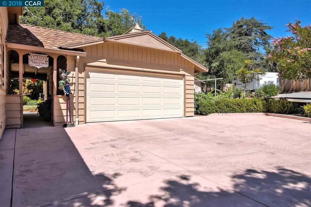3 Bed 2 Bath Castro Valley Home With Rv Parking Up For