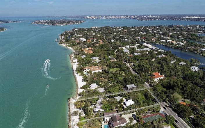 Nature, Privacy And Sea In Sarasota For $4.1 Million
