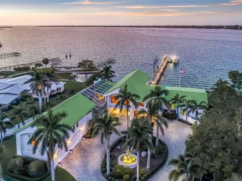 $3.45 Million Custom Home On Manatee River