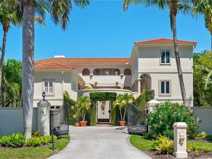 $2 Million Mediterranean Mansion In Siesta Key
