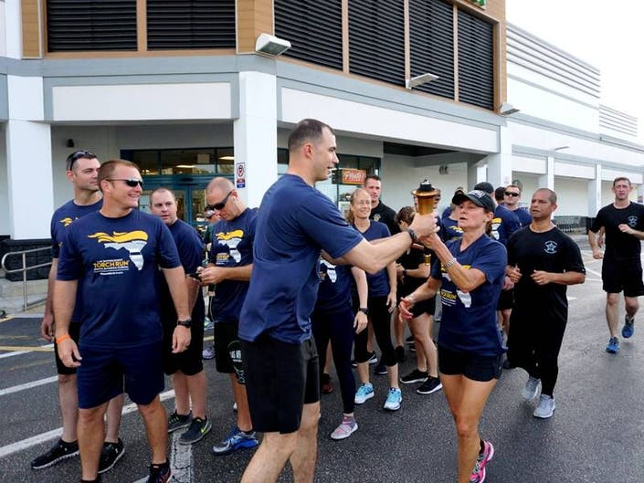 Sarasota Cops Carry Torch For Special Olympics: Video