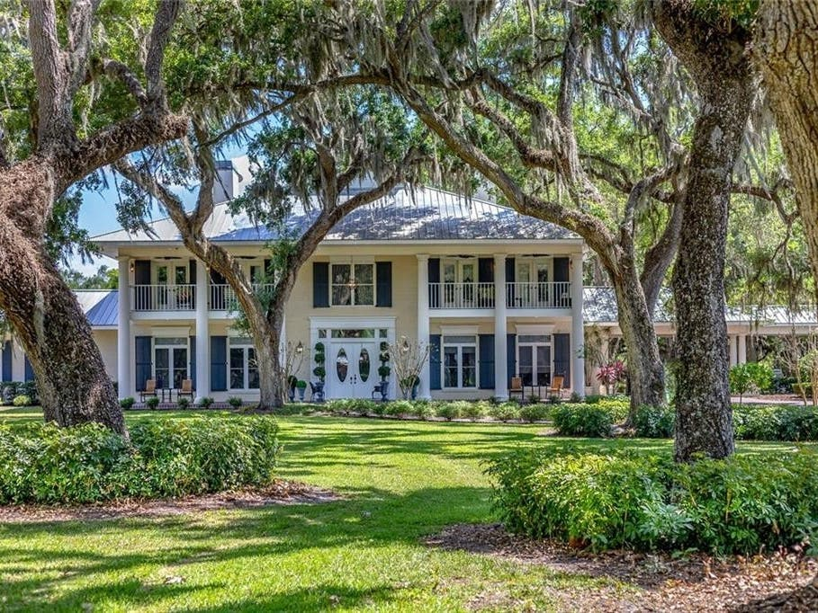 Awesome Classic Southern Manor Home In Bradenton Bradenton Fl Patch Download Free Architecture Designs Scobabritishbridgeorg
