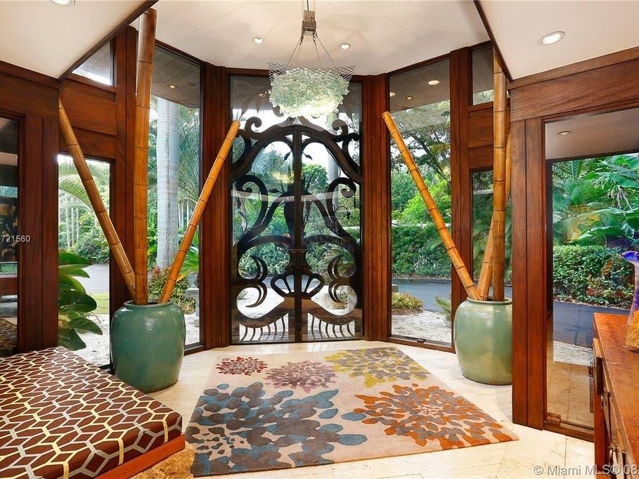 Mid Century Modern Estate In Miami Dade