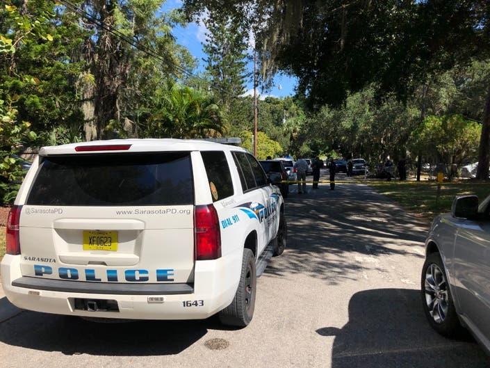 Murder Suicide Suspected In Deaths Of Elderly Sarasota Couple