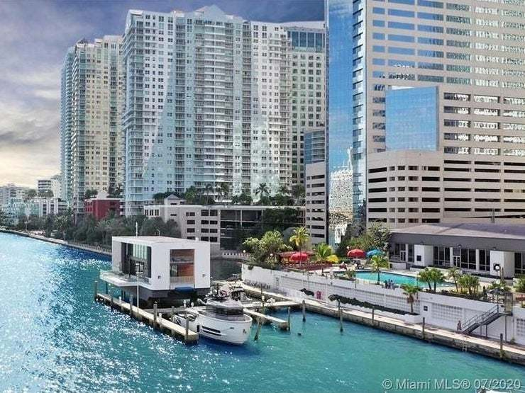 Sunday Real Estate: Miami's Floating Mansion, Equestrian Paradise