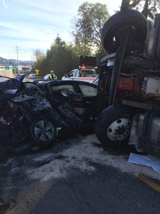Crash On I-405 In Bellevue Involves 5 Vehicles | Bellevue