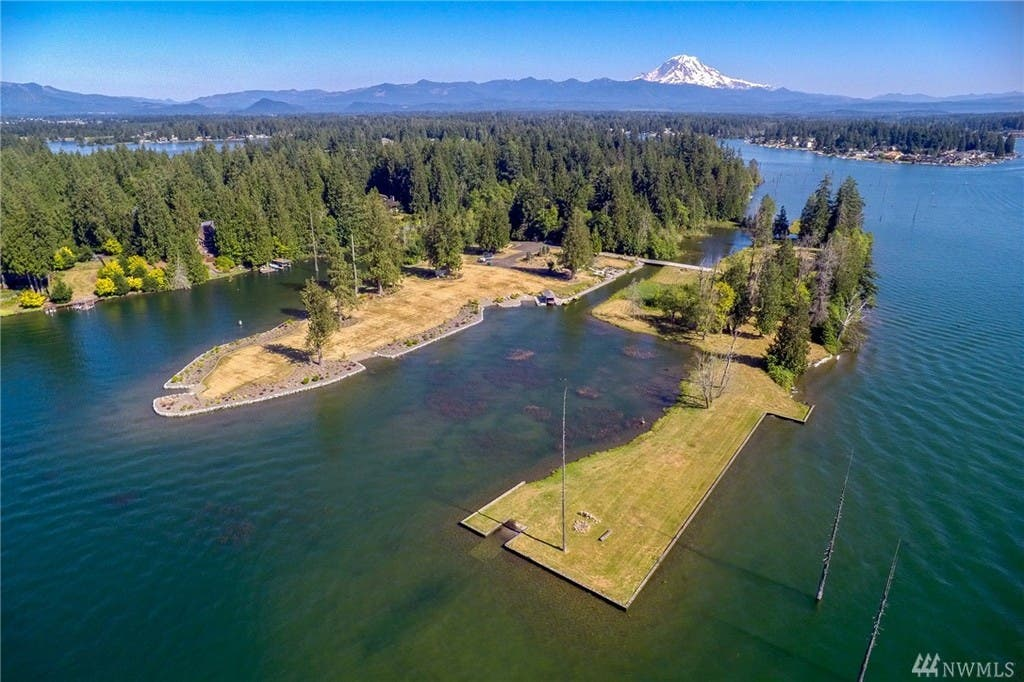 $1 9M Private Lake Tapps Island Up For Sale: Wow! House