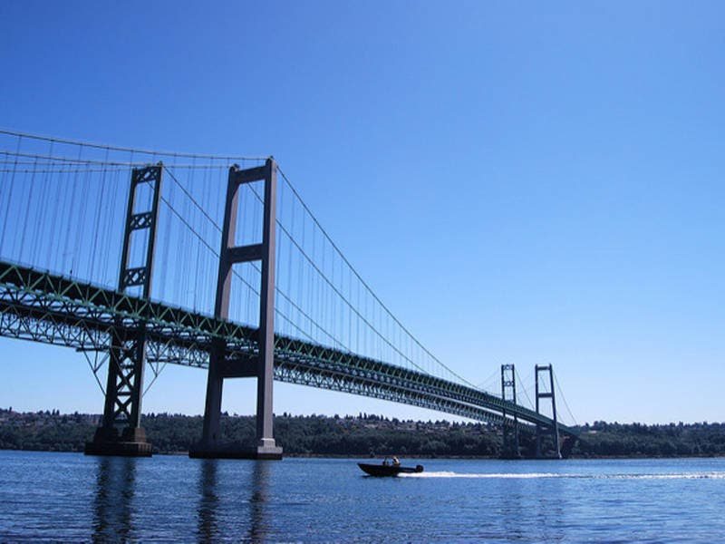 Anti-Suicide Signs Go Up On Tacoma Narrows Bridge