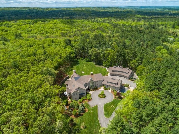 See Inside: Sudbury Country Estate Selling For $4 Million