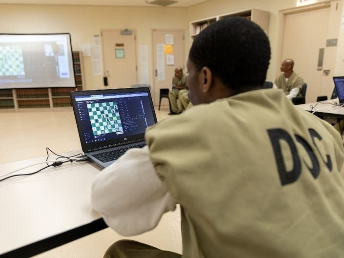 Cook County Sheriff Hosts international Prisoner Chess Tournament