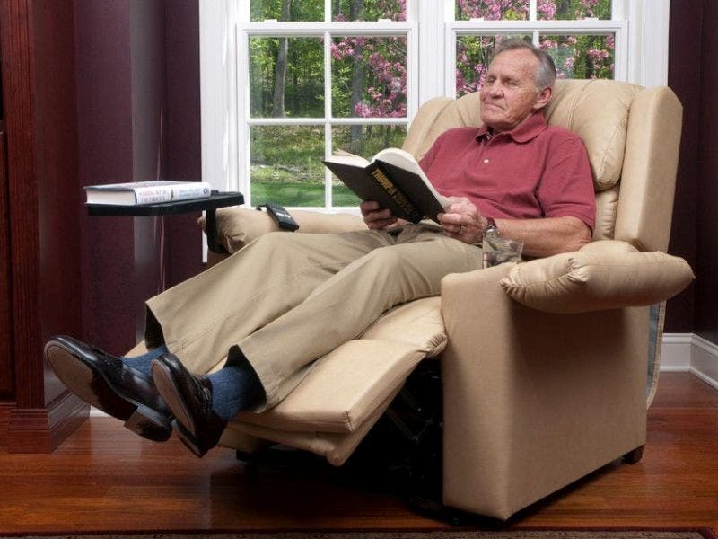 Benefits Of Using A Lift Chair Recliner For Elderly People