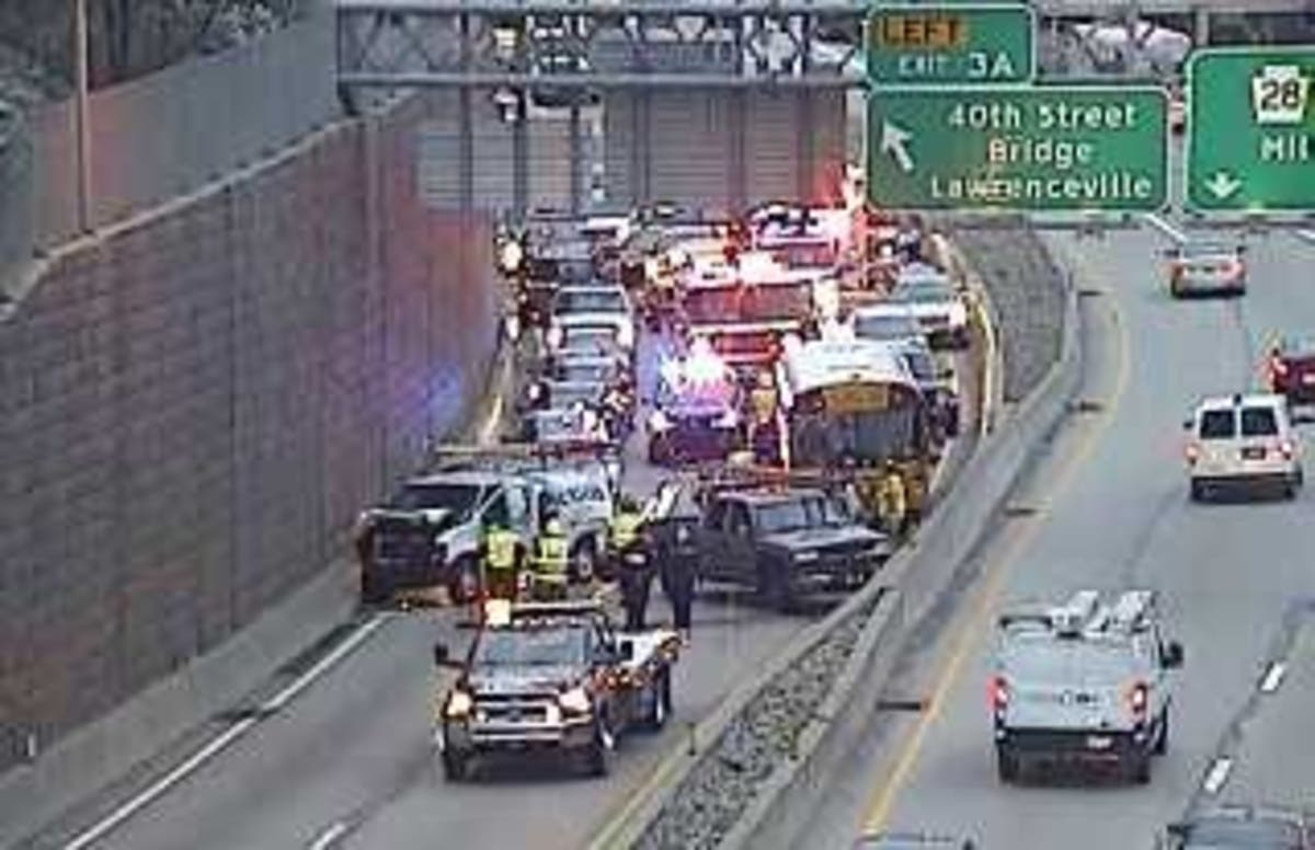 Accident Involving School Bus Closes Pittsburgh Highway | Pittsburgh