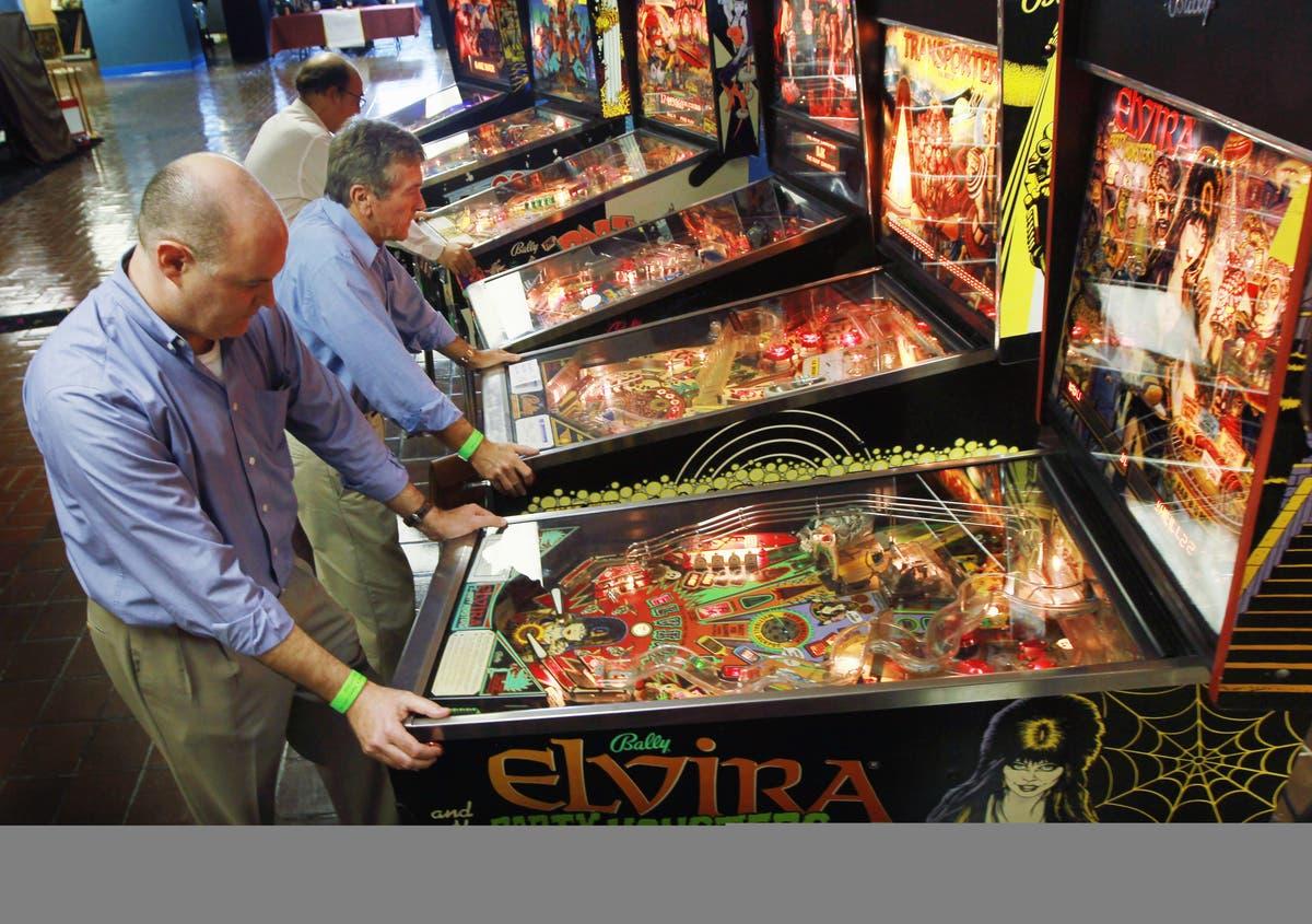 New North Shore Bar To Feature Duckpin Bowling, Pinball