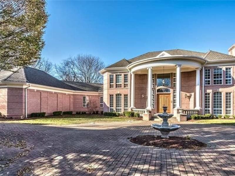 Million-Dollar Mansions: Stunning Fox Chapel Estate For $1.4M