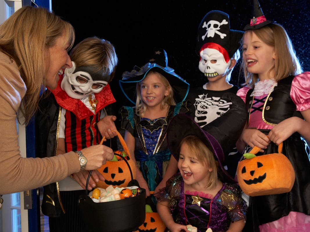 Beechview Trick Or Treat Halloween 2020 Pittsburgh Halloween Trick Or Treat Hours 2019 | Pittsburgh, PA Patch