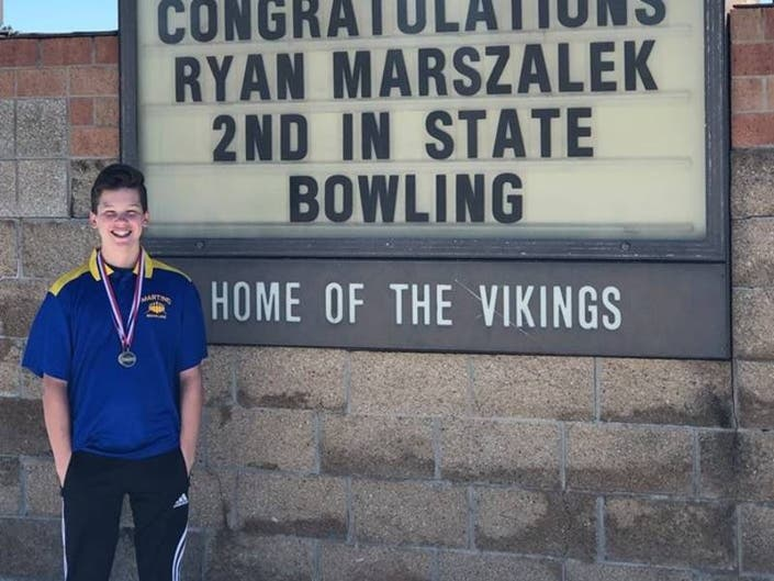 New Lenox District 122 Bowlers Place At IESA State Finals