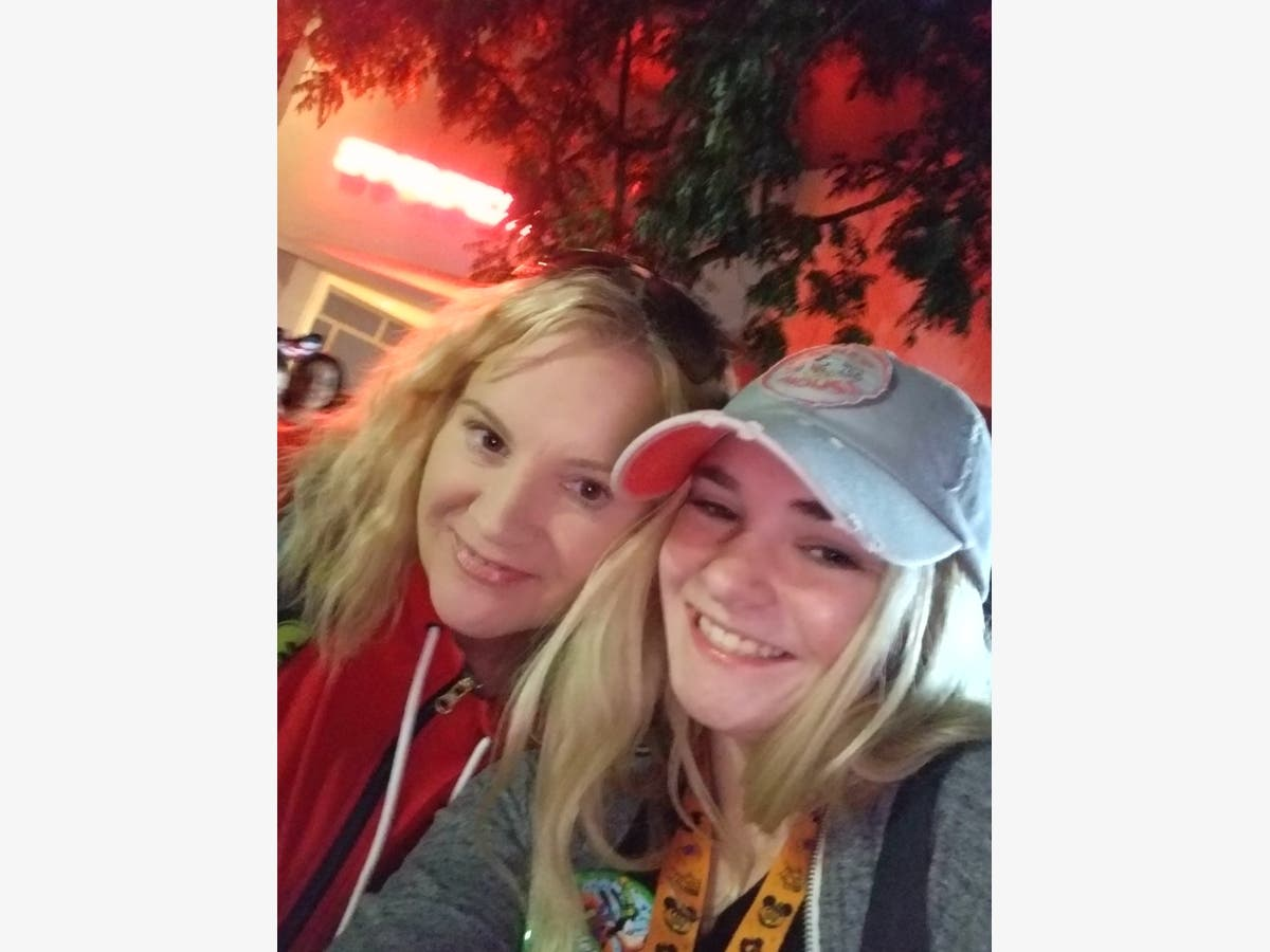 After Buying Stolen Disneyland Tickets On Craigslist, Portland Woman