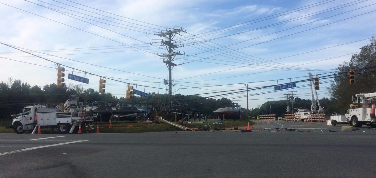 Car Accident In Mooresville Downs Power Lines, Closes Schools For