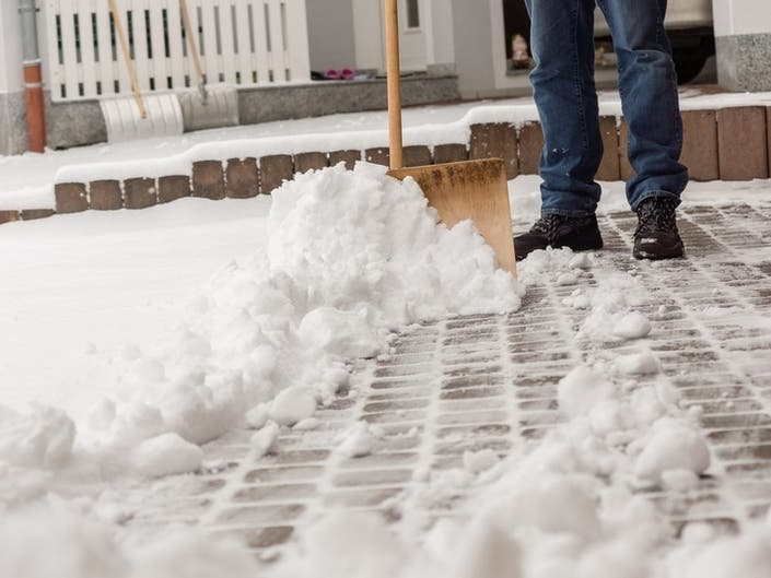 Cold Winter Ahead? Here's What Farmers' Almanac Predicts For