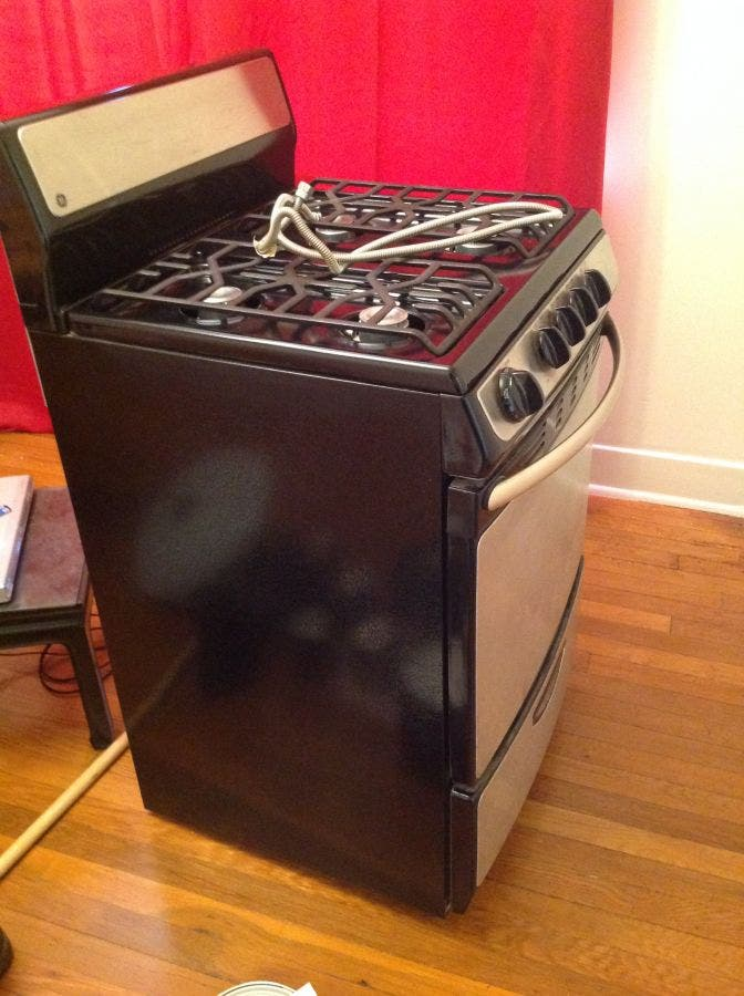 GE Oven (apartment size) | Altadena, CA Patch
