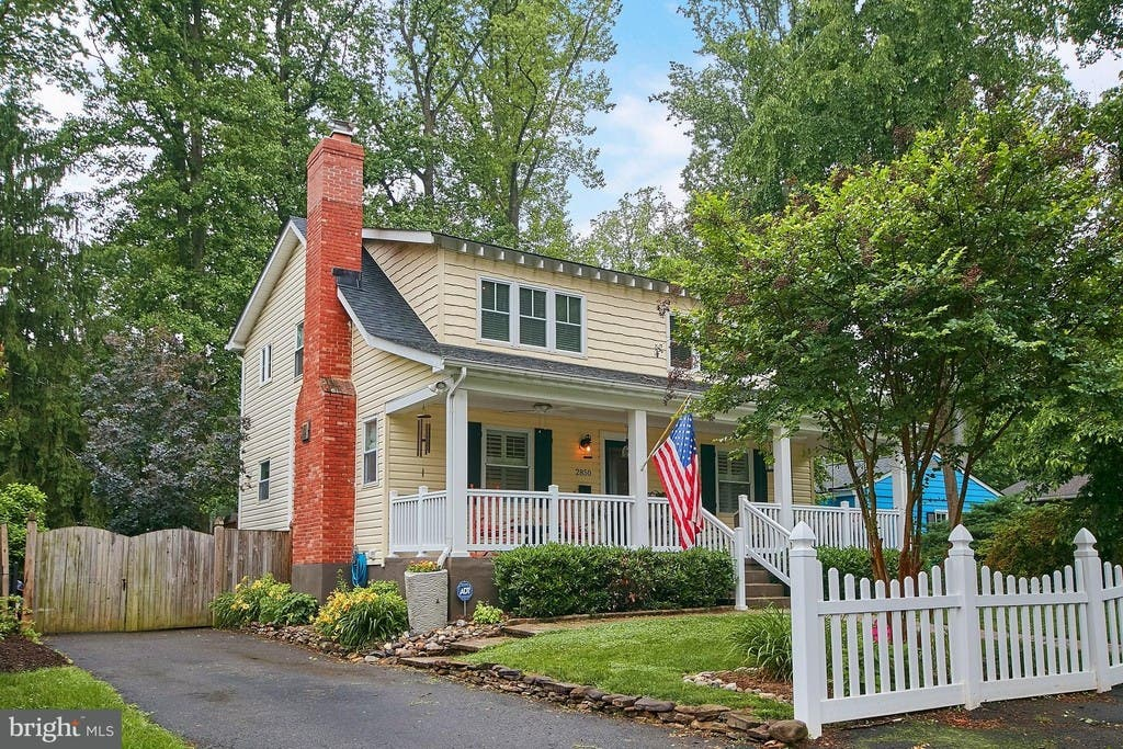 Falls Church WOW House: Charming Cape Cod For $825K | Falls ... on l shaped ranch house plans, original levittown house floor plans, 1945 house plans, cape cod cottage plans,