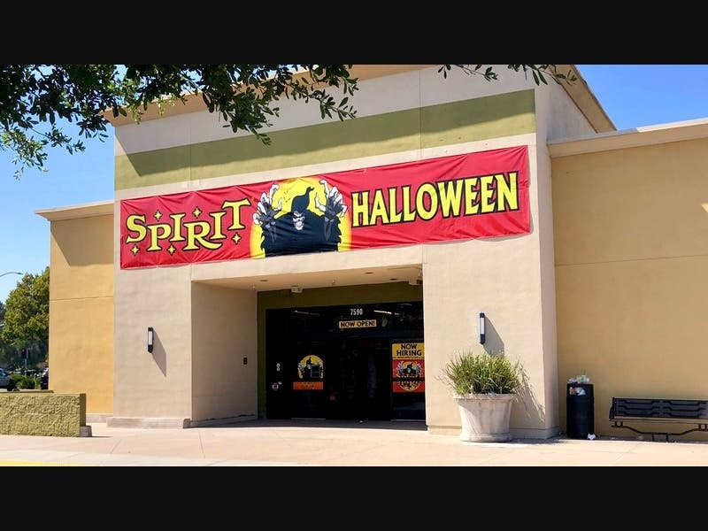 Chevy Chase Dc Halloween 2020 Spirit Halloween To Open In New Tysons Location In 2020 | McLean