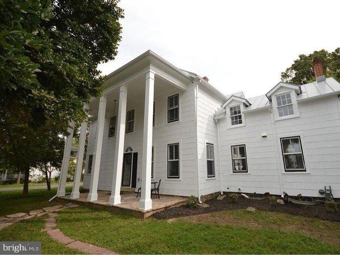 'Castle' On The Potomac, Piece Of History: NoVA, DC Listings