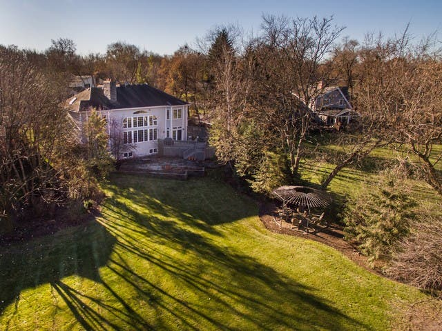 Huge Backyard, Private Theater, Wine Cellar In Wheaton