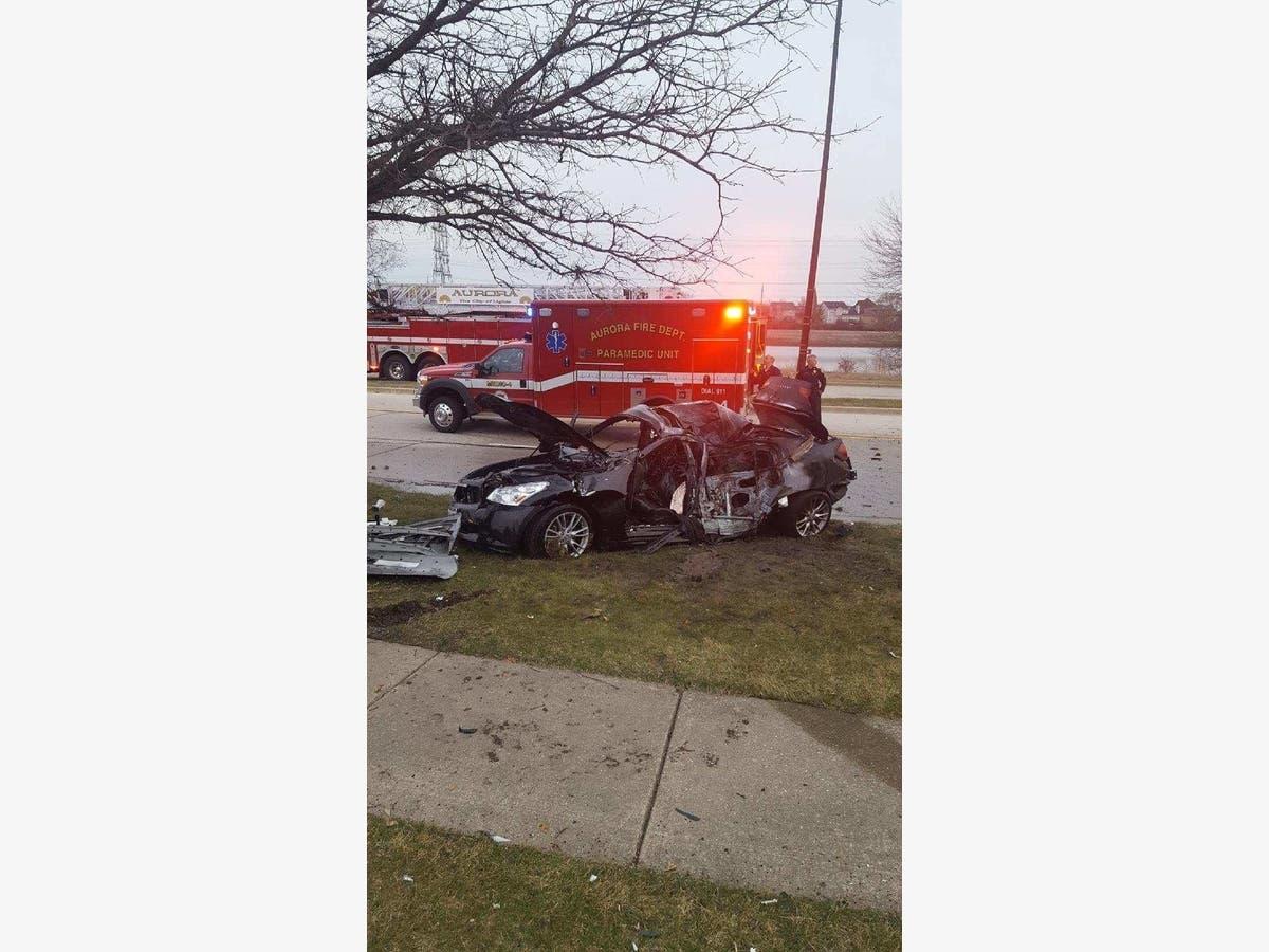 Fiery Fatal Crash In Aurora Leaves 1 Dead: Cops   Aurora, IL