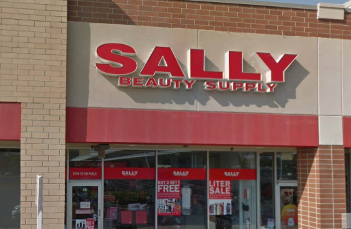 Burglars Break Into Sally Beauty Supply In Downers Grove