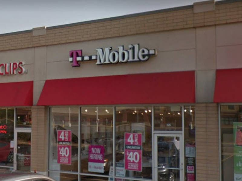 More Than $8K In Items Stolen From T-Mobile In Downers Grove