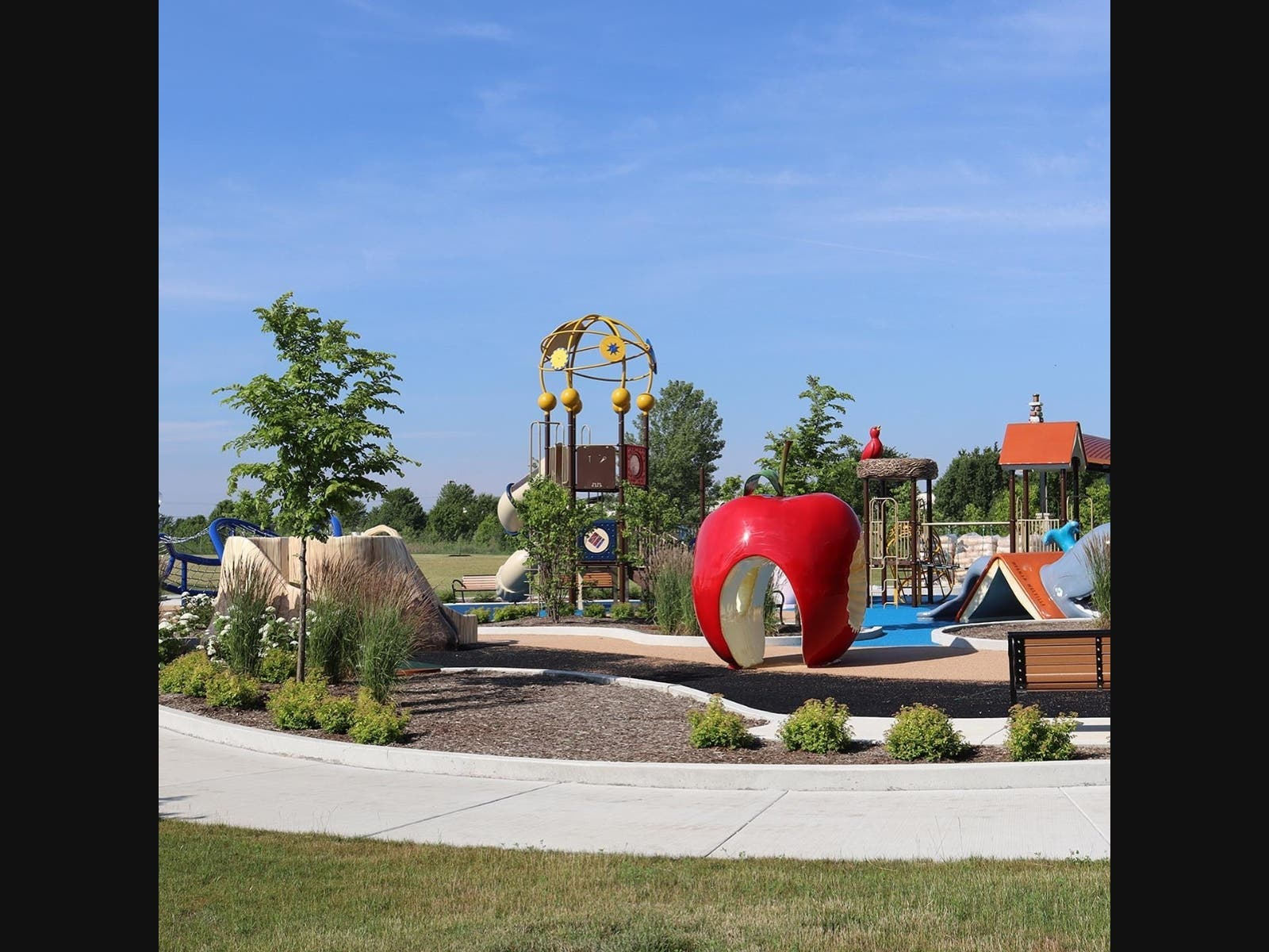 Naperville's 95th Street Community Plaza Opens July 4
