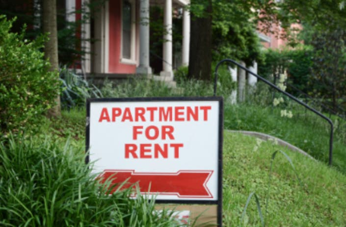 How Much New Yorkers Need To Earn Per Hour To Rent An Apartment
