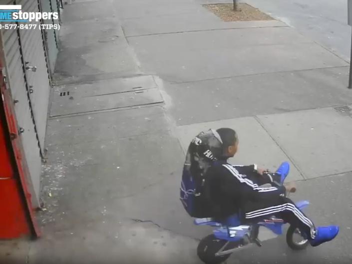 Burglar Makes Clownish Getaway On Tiny Bike | Patch PM