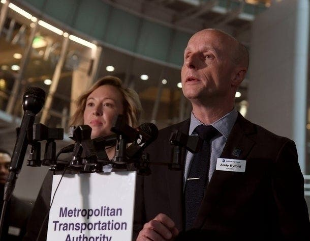 Transit Chief Slams Mayor For Holiday Car Ban | Patch PM