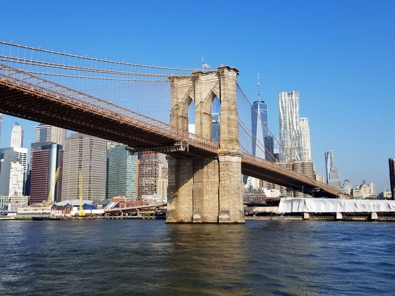 Man Dies After Jumping From Brooklyn Bridge, NYPD Says