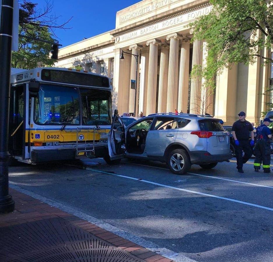 Carjacking Leads To Crash Involving Bus in Cambridge   Cambridge, MA
