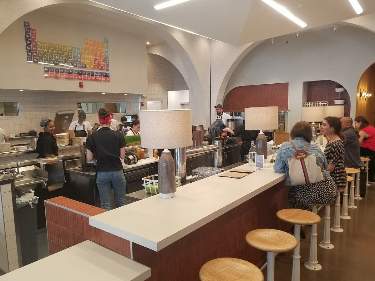 Life Alive Organic Cafe Opens On Brookline, Boston Border