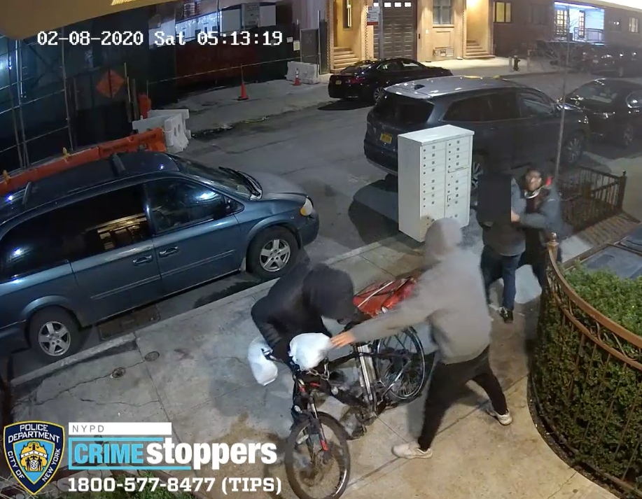 Video: Delivery Man Sliced And Robbed Of Pizza, NYPD Says