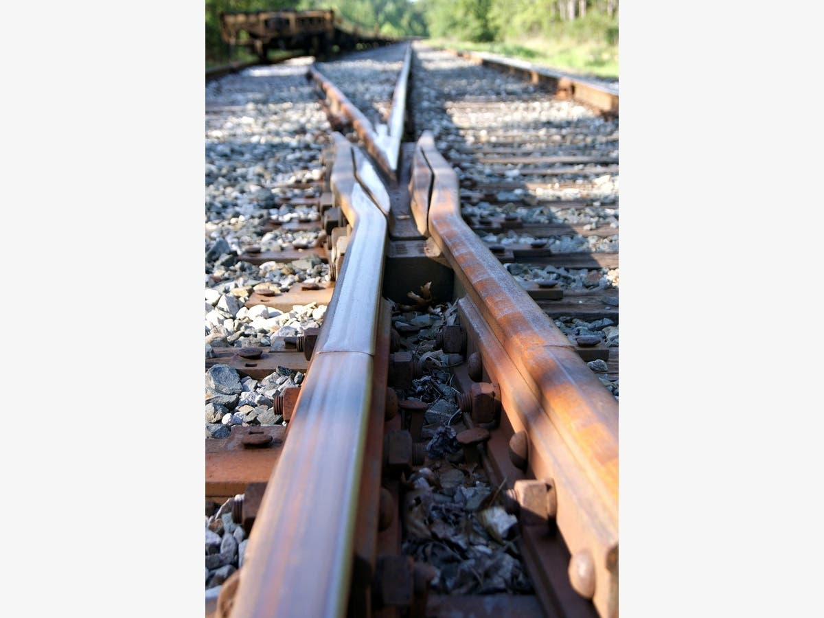 Norfolk Southern: Over 4 7M Wooden Railroad Ties Defective | Across