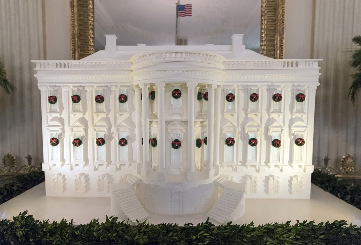 Whitehouse Christmas Decorations.White House Christmas Decorations Melania Goes Classic