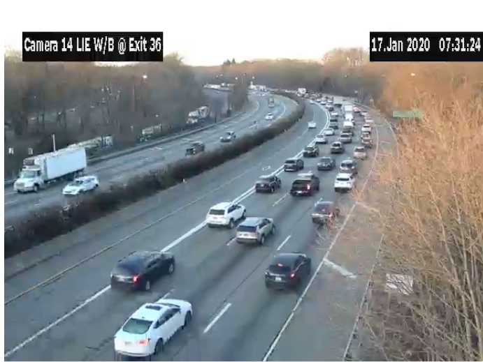 Long Island Expressway Crash Snarls Traffic, Closes Lanes