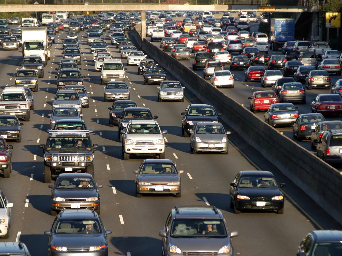 Heavy Traffic On Southbound 101 Freeway: Sigalert | Agoura