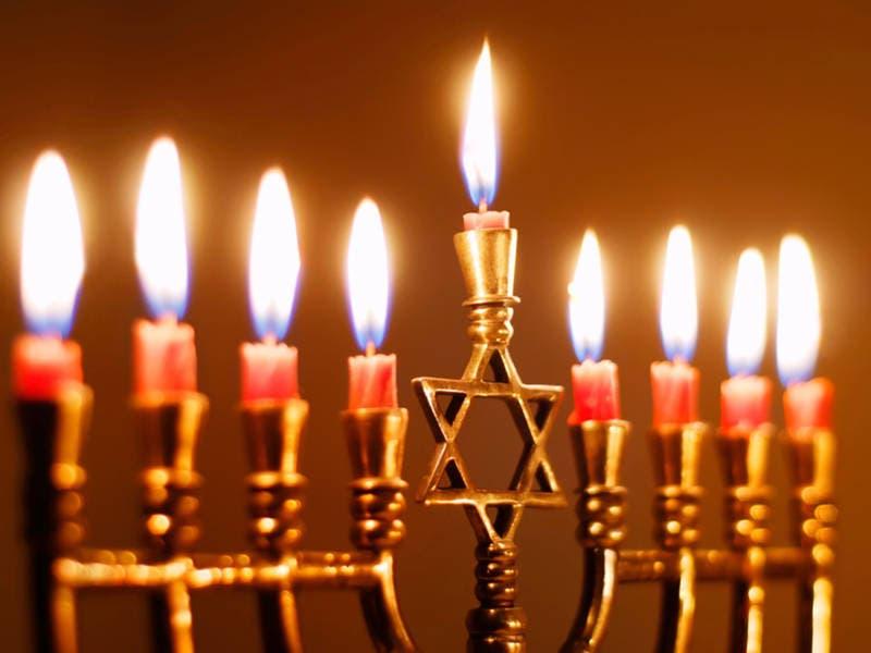 Menorah Lighting To Celebrate Hanukkah In Manhattan Beach