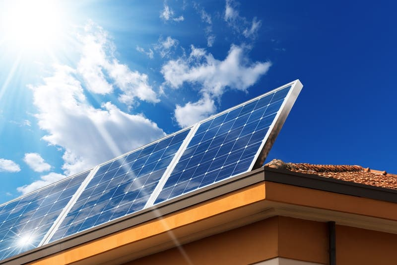 Santa Monica Businesses To Transition To 100% Green Power