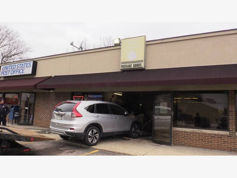 One Hospitalized After SUV Crashes Into South Elgin Liquor Store