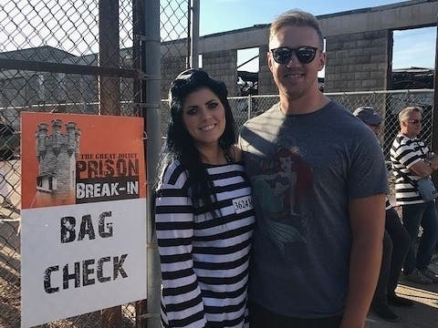 Big Crowd For 2nd Annual Great Joliet Prison Break-In: Photos